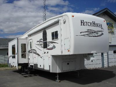 2005 NuWa Hitchhiker Champagne 37 CKRD 5th Wheel